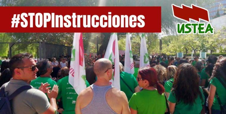 1500 DOCENTES SE CONCENTRAN EN LA CONSEJERIA DE EDUCACIÓN PARA PROTESTAR POR LA SUPRESION DE UNIDADES EN LA ESCUELA PUBLICA.